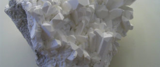 Бура (минерал)